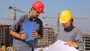 construction-workers-working-on-a-building-teamwork_rvgkf9y0mx_thumbnail-full01