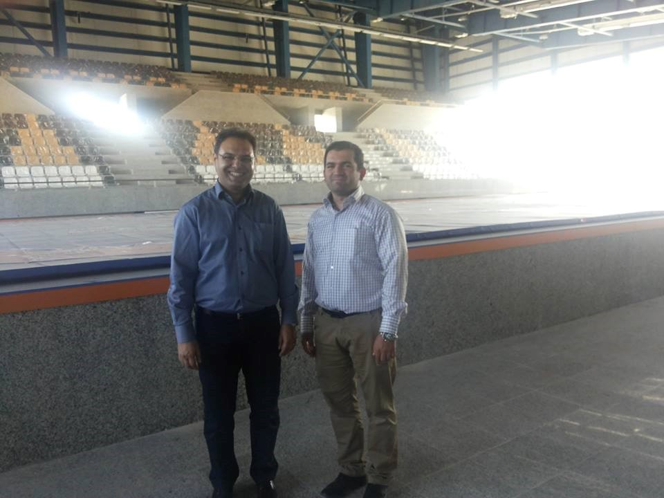 بازدید آقای مهندس رحیمیان، مدیر عامل شرکت، از پروژه خانه کشتی شیراز و سالن ورزشی سیوند در استان فارس در تاریخ 95/3/12